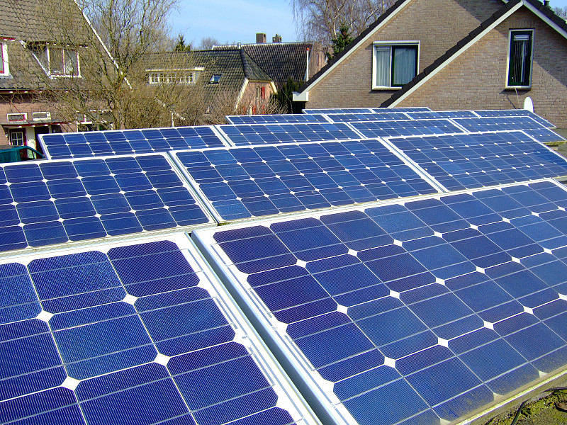 How Many Solar Panels Do You Need for Your Home