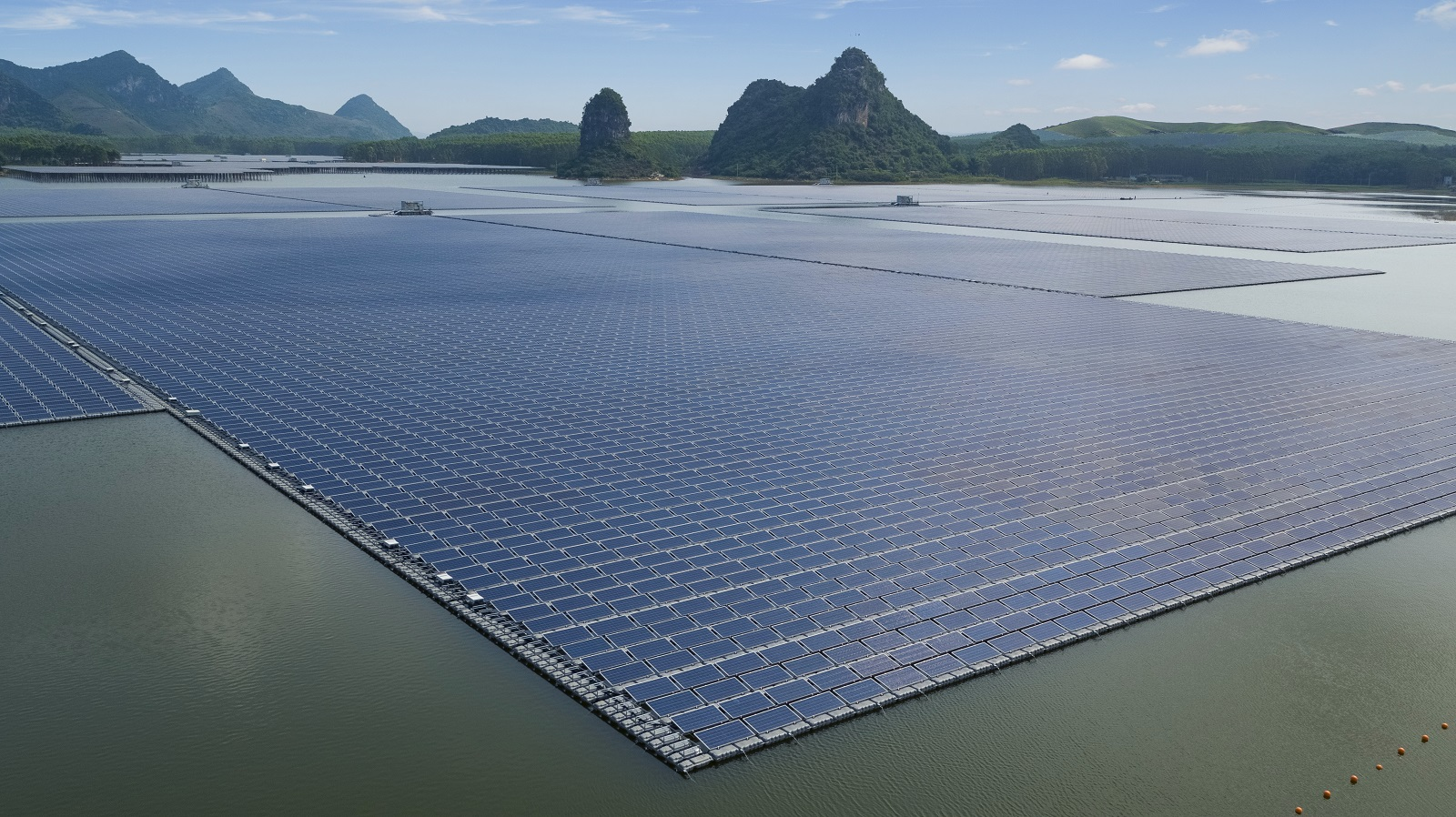 How much do you know about fishery-solar hybrid system